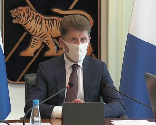 Губернатор Приморья объявил о втором этапе снятия ограничений.